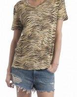 T-shirt imprimé animal porté par Pauline Lefèvre dans La Nouvelle Edition