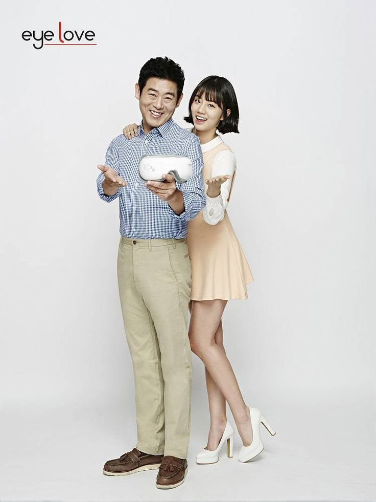 Sung Dong Il and Hyeri share a sweet hug for a CF | allkpop.com