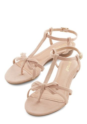 Impromptu Date Sandal in Chai. Running into your crush at the cafe is a fortuitous event - especially since you wore these winsome strappy sandals, a favorite floral frock, and are feeling fabulous! #tanNaN