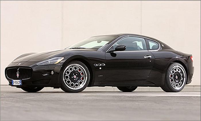 Maserati with Borrani bimetal rims
