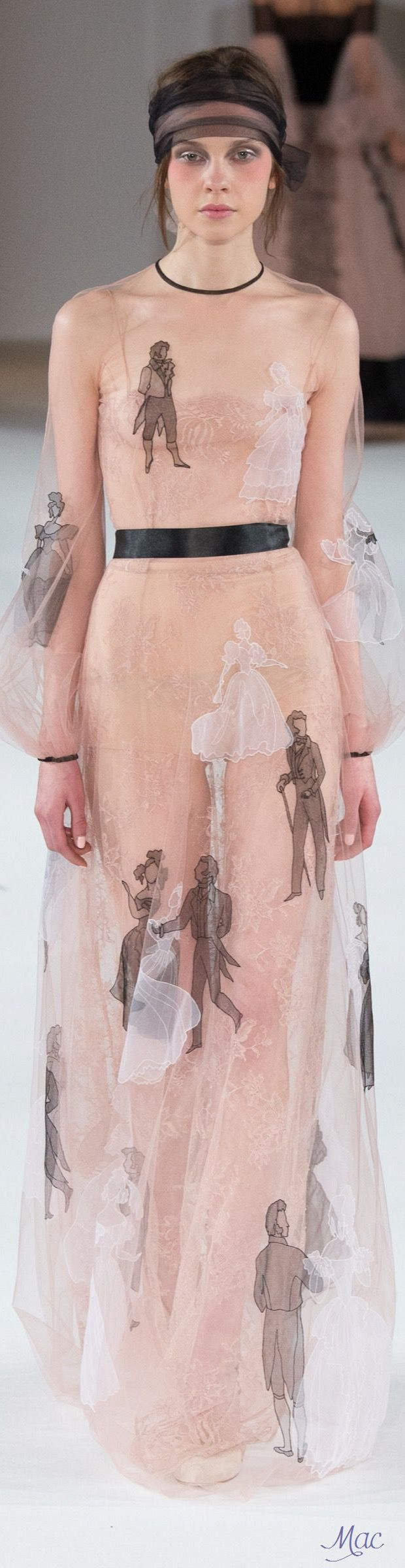 Spring 2016 Haute Couture Yanina jαɢlαdy.  This is the most amazing thing I've ever seen.