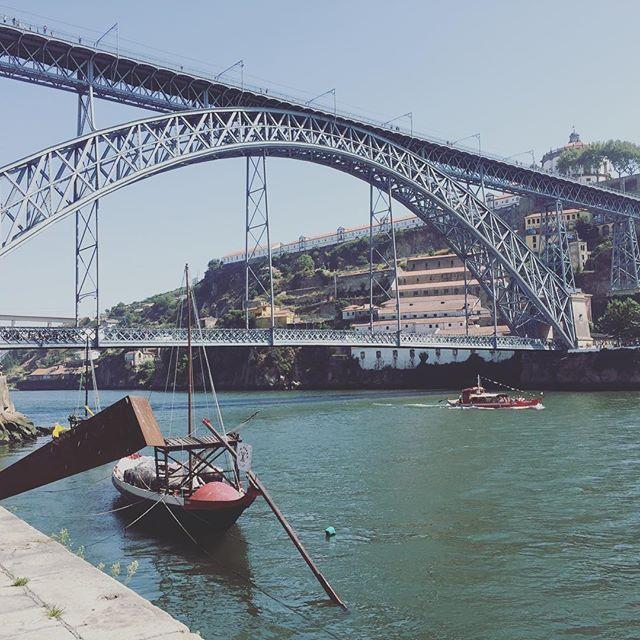 Mi lugar favorito hasta el momento #ribeiradouro #porto #portugal🇵🇹