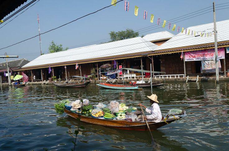 Schwimmende Märkte in Ampawa, Thailand / Swimming Markets