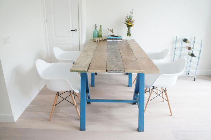 Dressoirs, kasten, tafels en decoratie online bestellen