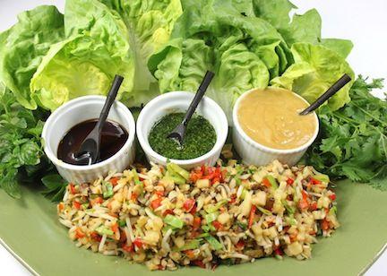 oi gente! Como estou falando muito de salada aqui no blog, resolvi falar um pouco sobre alguns molhos que amo! Para mim salada sem molho não tem a menor graça!! Gosto de variar bastante e vou ensinar para vocês alguns. Com o tempo, você vai fazer rapidinho e pode fazer em quantidades maiores para eventos,…