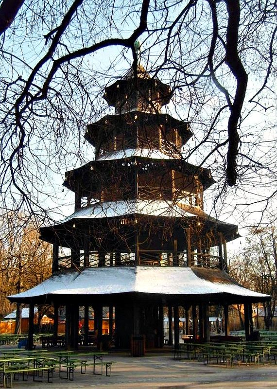 """Chinese pagoda....in Munich, Bavaria! 