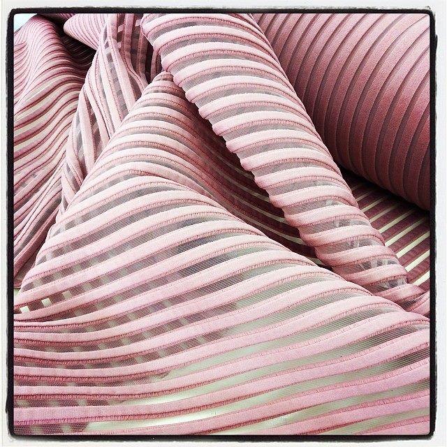 Un nuovo articolo, un tessuto in 3D, QUARZO! #quarzo #altamoda