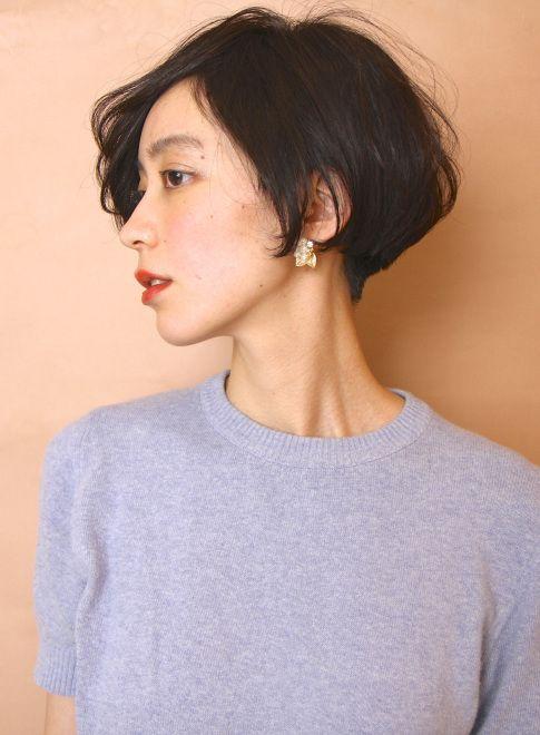 フレンチシンプルショートボブ(髪型ショートヘア)