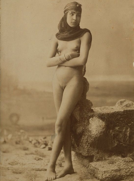egypt women nude photo