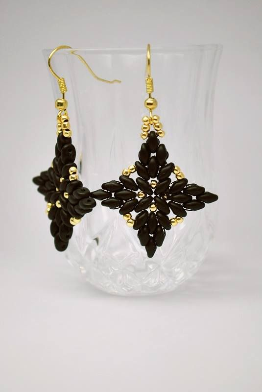 How to make earrings with Superduo / Twin and Toho beads.   Biser.info - all about beads and beaded works