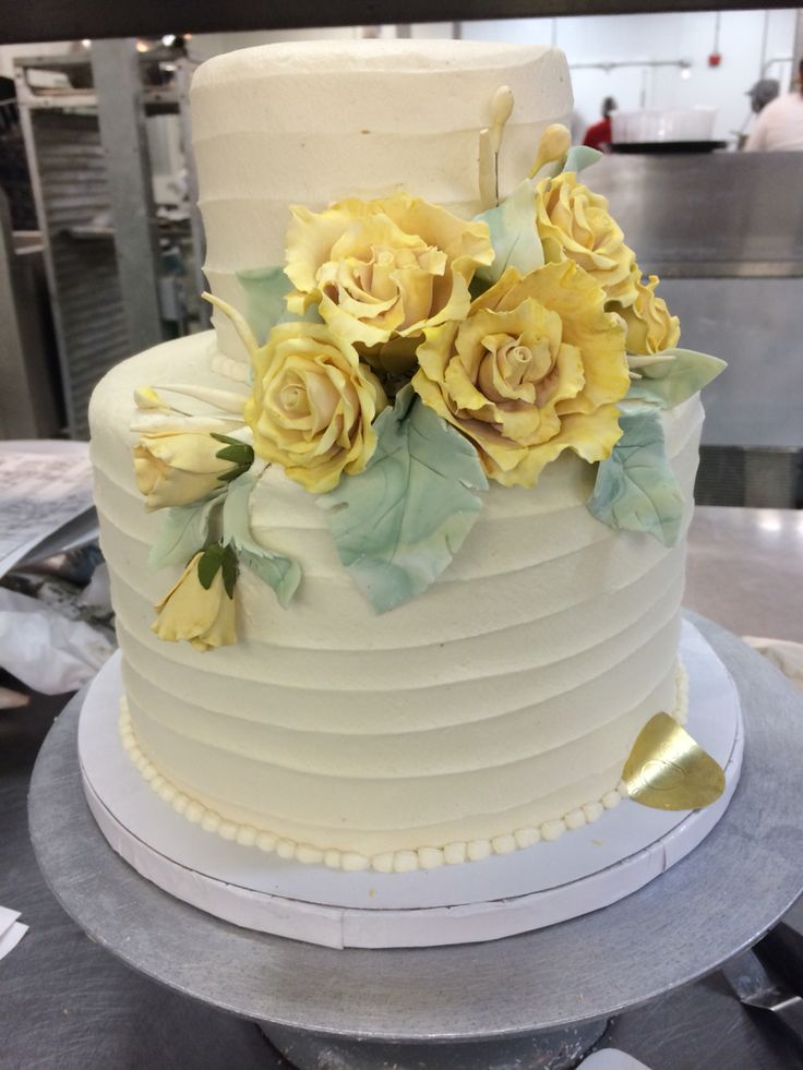 The 25 best Two tier cake ideas on Pinterest 2 tier cake