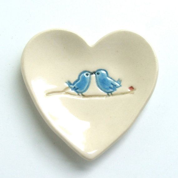 wedding favors Ceramic Heart Shaped Plate Hand Built par sumiko2
