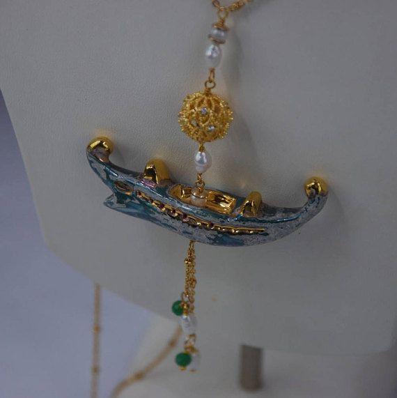 CollanaTrireme verde oro perle naturali ottone