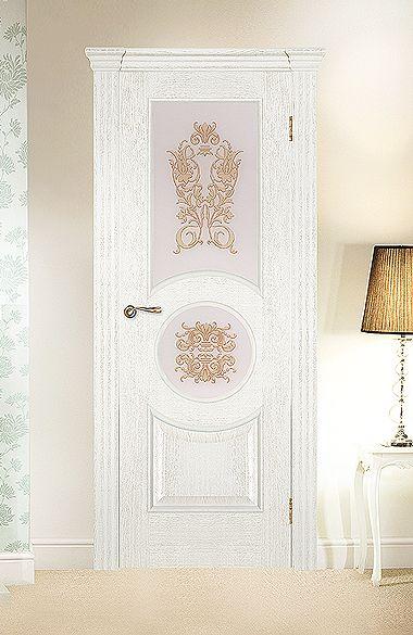 Межкомнатная дверь «Версаль». Отделка «белая патина» #дверирулес #двери…