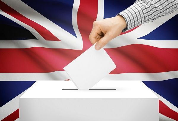 Window of opportunity for General Election candidates http://www.cumbriacrack.com/wp-content/uploads/2015/04/election-vote.jpg Anyone intending to stand as a candidate in June's Parliamentary General Election has until next Thursday, 11 May, to submit their nomination papers.    http://www.cumbriacrack.com/2017/05/05/window-opportunity-general-election-candidates/