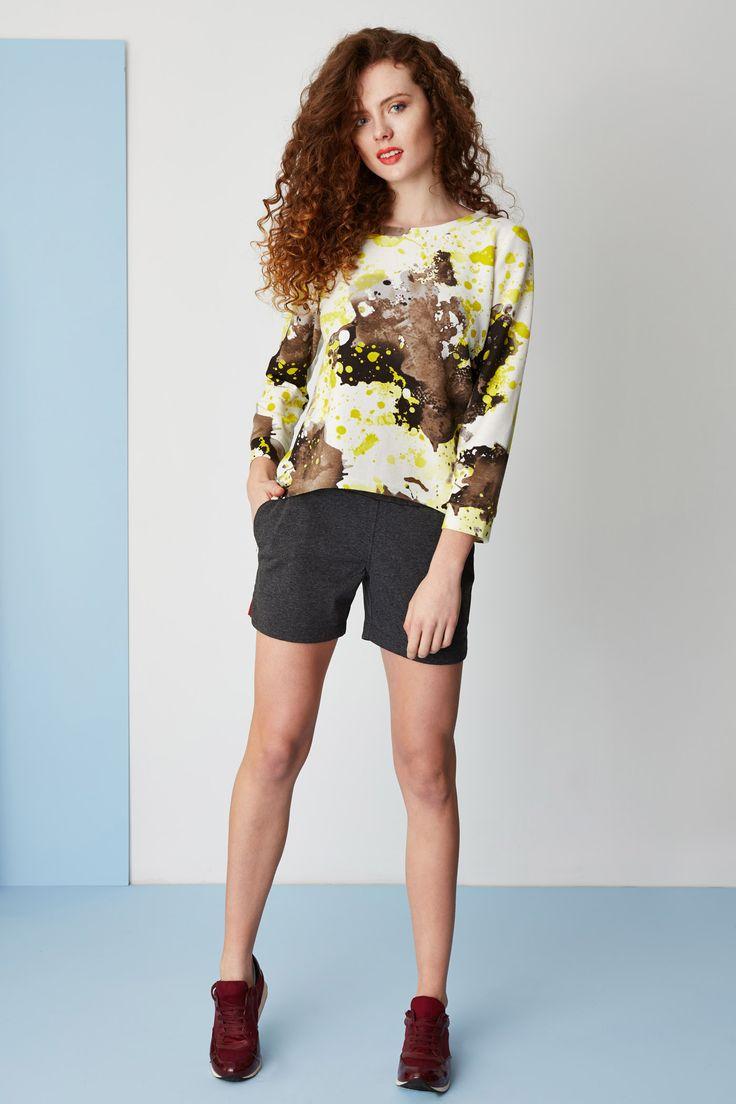 Printed sweatshirt & jersey shorts. Kamila Gronner spring/summer 2015.