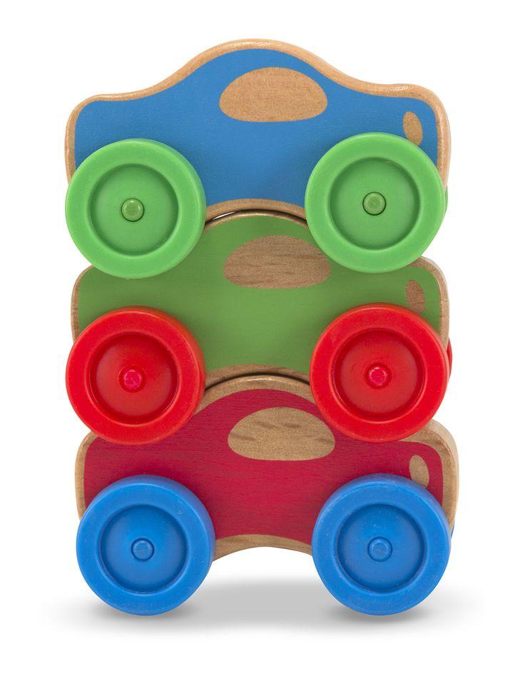 COCHES DE MADERA APILABLES Hecho a mano de madera fuerte seleccionada y con tintes especiales para niños. Tienen colores brillantes, Una silueta que permite que se apilen en cualquier combinación y con ruedas para un fácil desplazamiento. Son simples para los bebés y niños pequeños. Mejora la coordinación mano-ojo y como juego de rol pues los niños tienen mucho interés en imitar todo lo que les rodea.  A partir de 1 año PVP: 13,95 €…