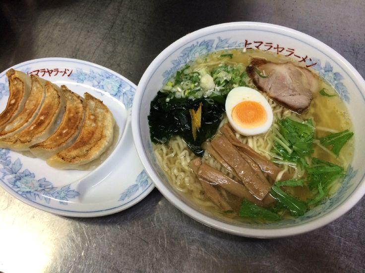 ヒマラヤラーメン東口店: ゆずしおラーメン+餃子(通常900円)