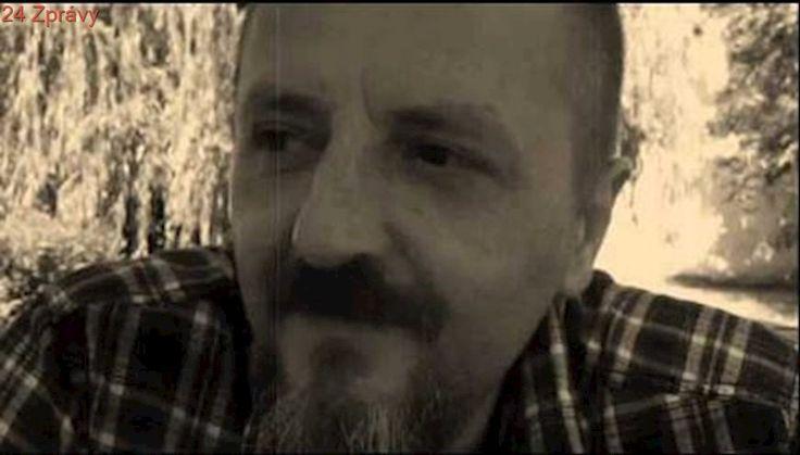 Nečekaná smrt hvězdy seriálu Za sklem přímo v divadle: Herec Gejza Benkő zemřel při zkoušce