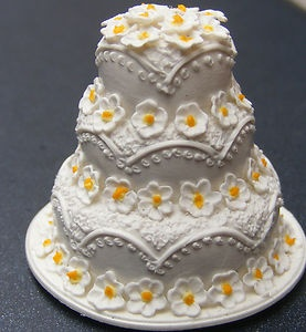 1;12 Scale White & Yellow 3 Tier Wedding Cake Dolls House Miniature Accessory W | eBay