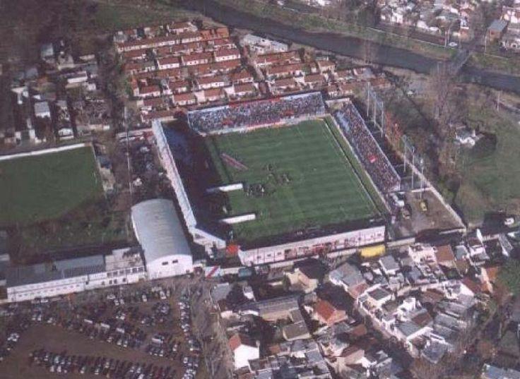 Estadio Julio Humberto Grondona - Arsenal Fútbol Club - Capacidad 16.000 espectadores