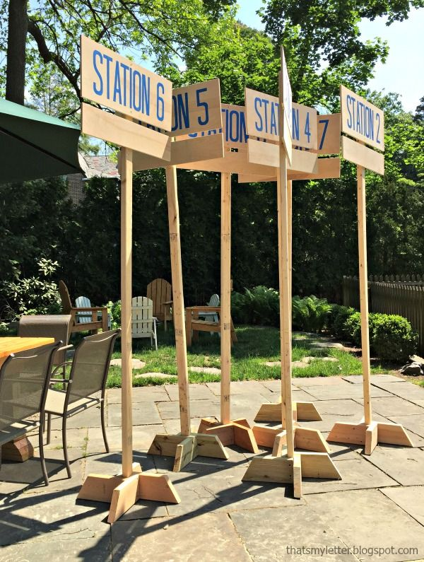 diy field day station signs, portable signs, stand alone signs with interchangeable game names