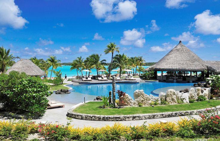 The St. Regis Bora Bora Resort #Paradise #Paradis #Vacation #Semester #Travel #Bora #BoraBora #St #Regis #Resort #Nature #Amazing #Franska #Polynesien #FranskaPolynesien #Beach #Strand #Tropical #Tropiskt #Pool