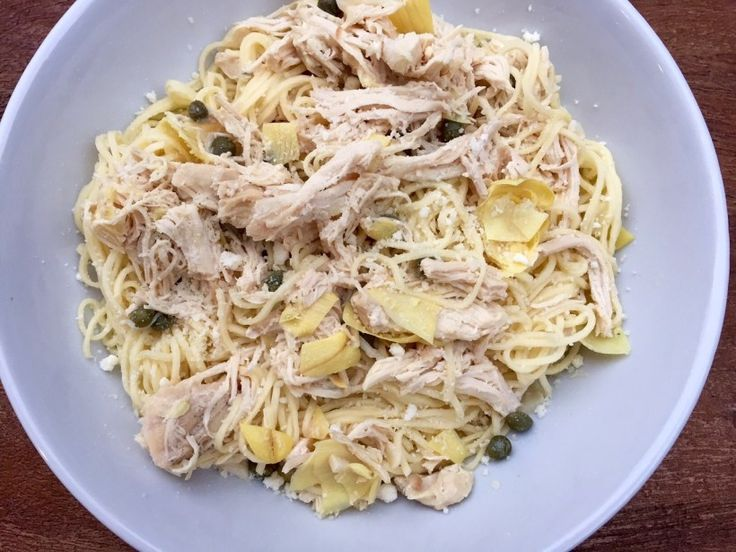 Chicken Piccata Pasta has a light lemon caper sauce with just a touch of butter to satisfy any saucy pasta craving!