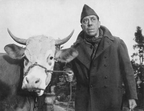 """Fernandel dans """"La vache et le prisonnier"""" (Henri Verneuil, 1959)"""