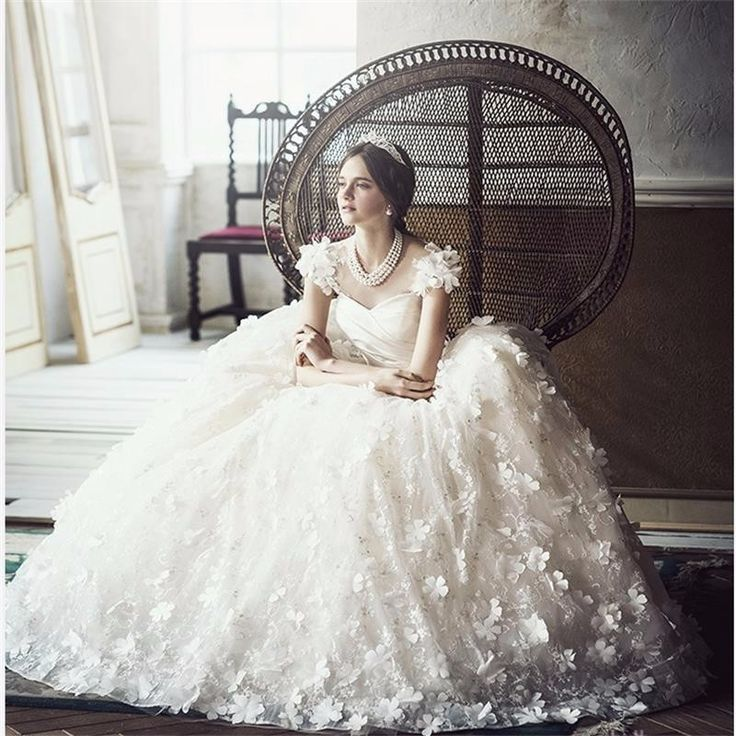 Find a Romantic Flowers Lace Wedding Dresses Sweetheart Ball Gown Wedding Dress Pretty Bridal Dresses Ivory Wedding Gowns Online Shop For U !