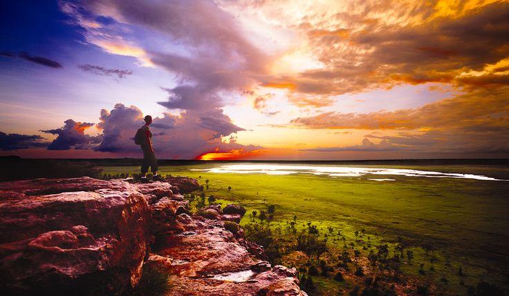Ubirr Sunset: One of the eight must-do's on your #Kakadu #BucketList - http://www.australiantraveller.com/kakadu/kakadu-bucket-list-8-things-you-must-do/