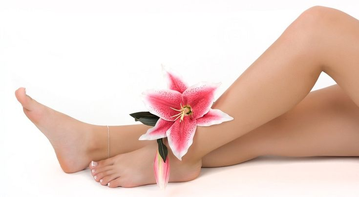 Consejos para evitar la erosión cutánea después del afeitado - http://www.bezzia.com/consejos-no-cortarte-la-cuchilla-afeitar-las-piernas/