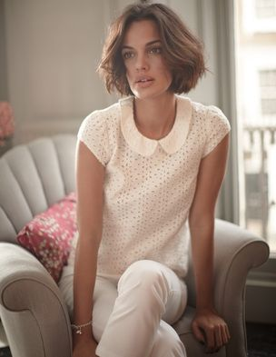 Pretty peter pan collar eyelet blouse