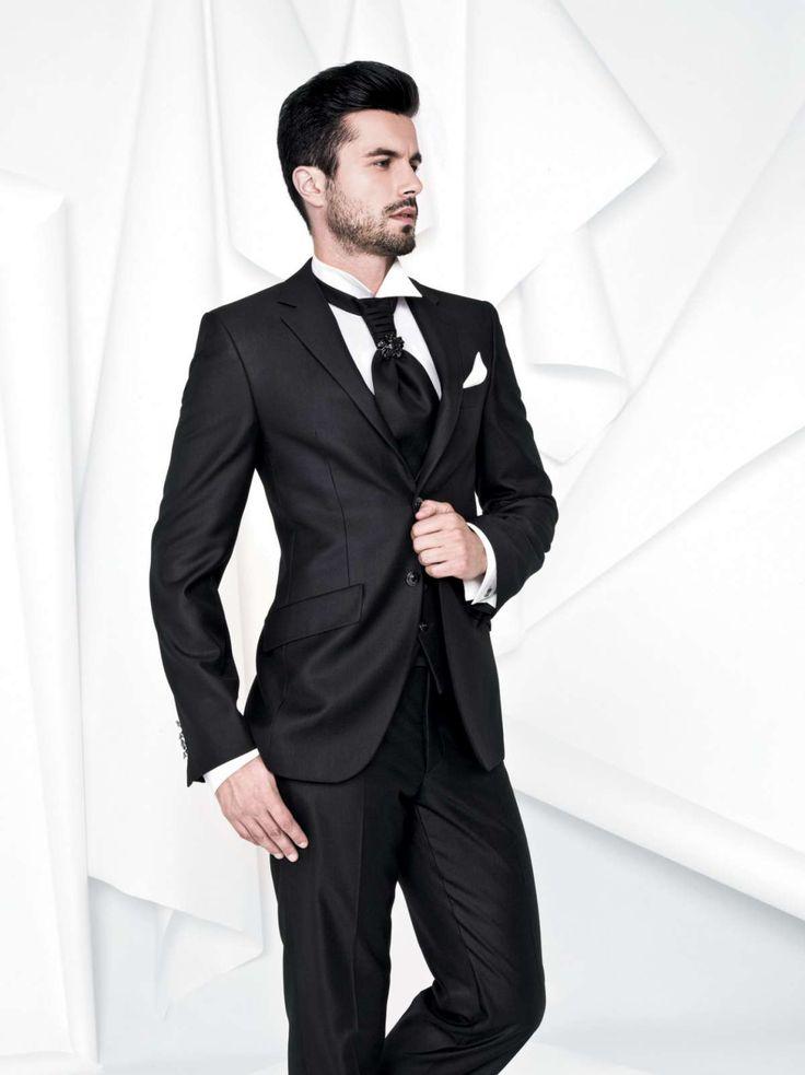 Vestito nero quale camicia in