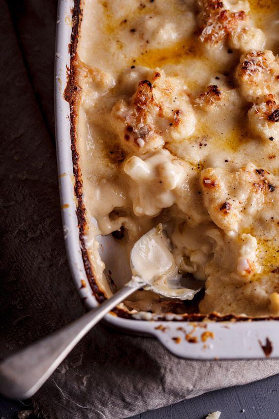 とろ~りチーズで笑顔の食卓♪カリフラワーのチーズ焼き|CAFY [カフィ]