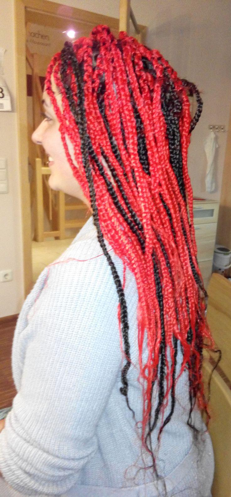 Rastazöpfe - Braids - schwarz rot minimale Haarlänge: 5 cm