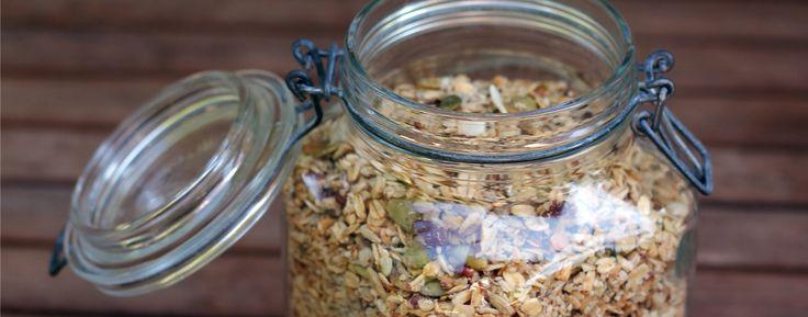 Gourmande et soucieuse de ma santé, j'ai pris l'habitude de faire mes propres céréales granolas. Je partage avec vous ma recette gagnante.