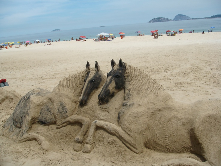 how to build a sand arena for horses