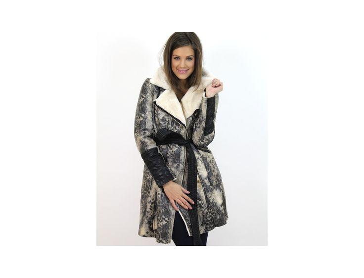 Jachetă Piele Ecologică cu Imprimeu - Jachete & Paltoane - Famevogue  #famevogue #haine #imbracaminte #stil #moda #trends