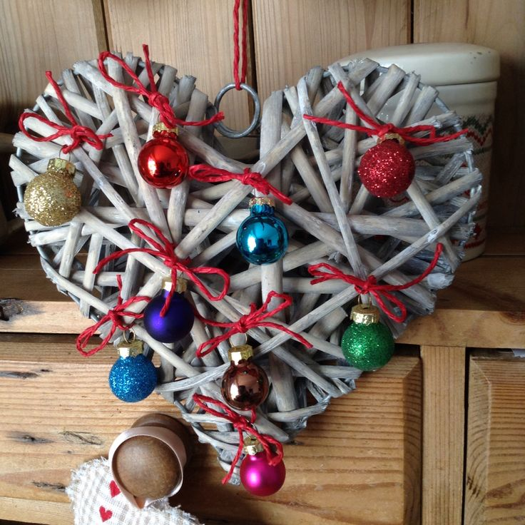 Wicker heart for Christmas with tiny baubles