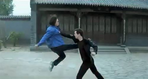 man-of-tai-chi-fight - http://johnrieber.com/2013/07/28/keanu-reeves-kung-fu-fight-club-man-of-tai-chi-47-ronin/