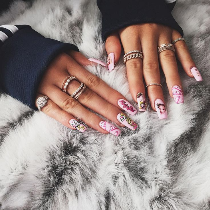 Quiz: What Your Nail Art Says About You!