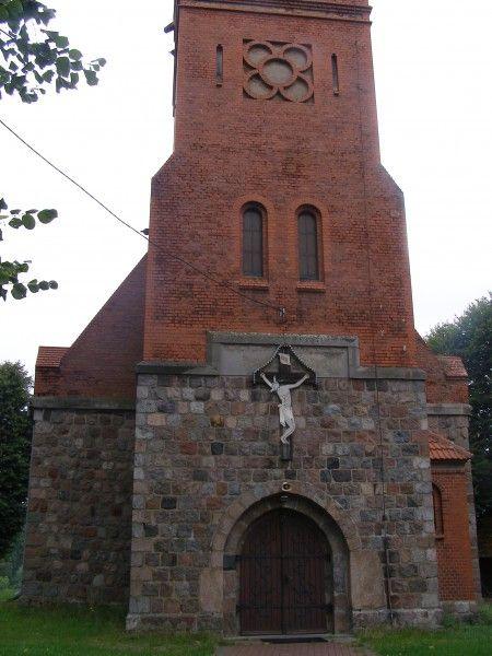 Kościół pw. św. Stanisława Kostki w Ogardach Ogardy