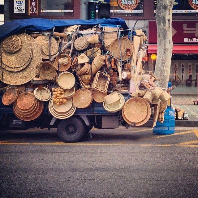 .@제로쿨 | 거참, 정겹네. #vintage #old #truck #city #urban #igaddict #igdaily #instacool... | 2013 12 07 /