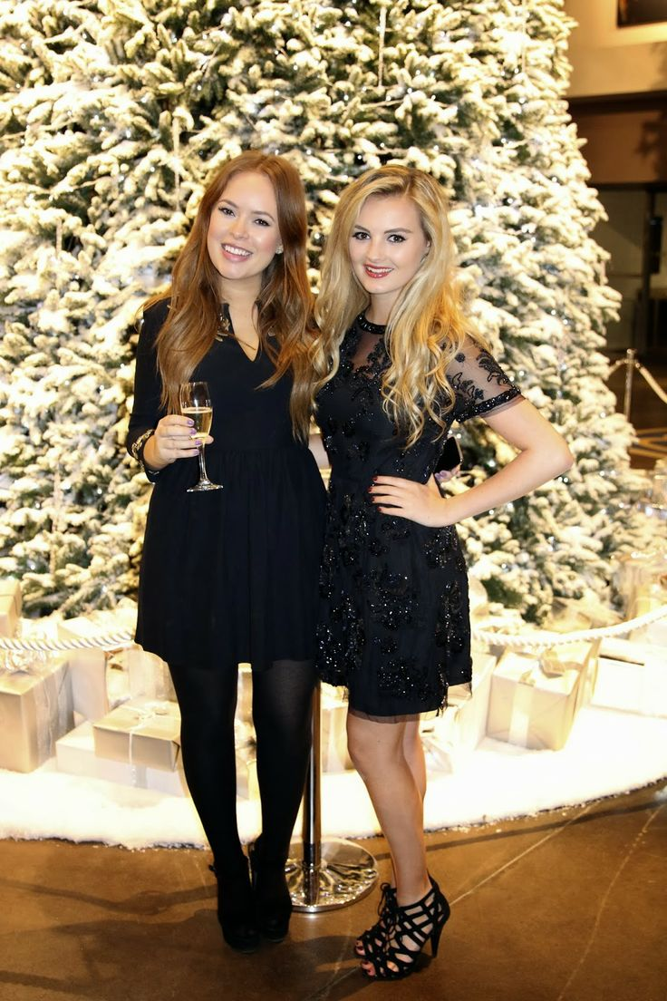 Tanya Burr - British fashion, beauty and lifestyle vlogger w/ her own make-up line | Niomi Smart - Fashion lifestyle blogger/vlogger