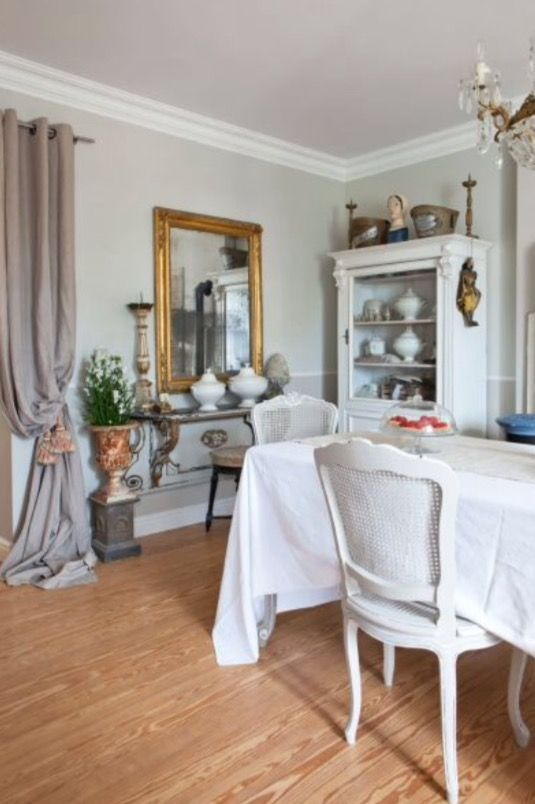 """This dressed up dinner table is from our feature """"Charming Impact"""""""