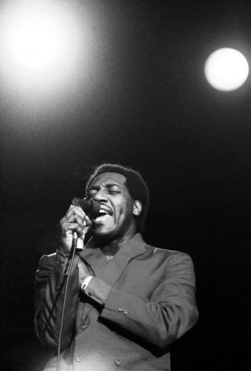 I'll be the moon when the sun goes down, just to let you know that i'm still around - Otis Redding