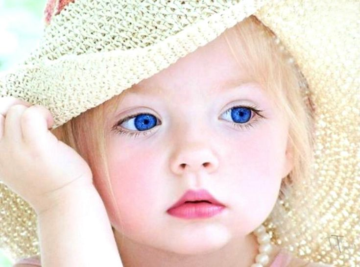 Blue Eyes Girl Wallpapers and Pictures Enjoy new and latest pictures of Blue Eyes Girl SMS111 Wallpapers. We will try to bring the best for Blue Eyes Girl Wallpapers and Pictures.
