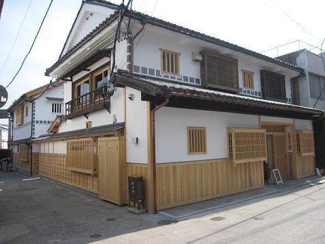 倉敷・新観光スポット「奈良萬の小路(ならまんのこうじ)」の「Cafe Bar&Zakka ANTICA」で、まったり - ウ、ウマ~な生活