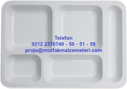 Melamin Tabldot Yemek Tabağı AMTYT5:Polikarbon yemek tabakları plastik self servis tepsileri melamin tabldot yemek tabaklarından bu 5 gözlü melamin yemek tabağının 4 ayrı yemek koyma gözü ve ayrıca 1 çatal kaşık koyma bölümü vardır.5 gözlü melamin tabldot yemek tabağı kırılmaya dayanıklıdır - 5 bölmeli melamin tabldot yemek servis tabağı satışı 0212 2370749 Yemek Servis Tepsileri Tabldot Tabağı : Melamin Tabldot Yemek Tabağı